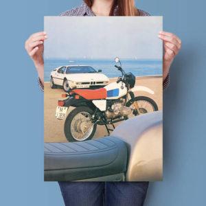 BMW R80 G/S Alpinweiss beach | Poster